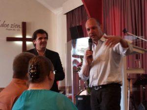Beluister nu de preek van Zoran over Genade